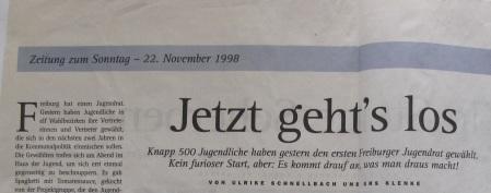 Zeitung zum Sonntag 22.11.1998, Quelle: Archiv Florian Braune. Auch die beiden zukünftigen Junges Freiburg Stadträte Florian Brauen und Sven Greschbach kandidierten.